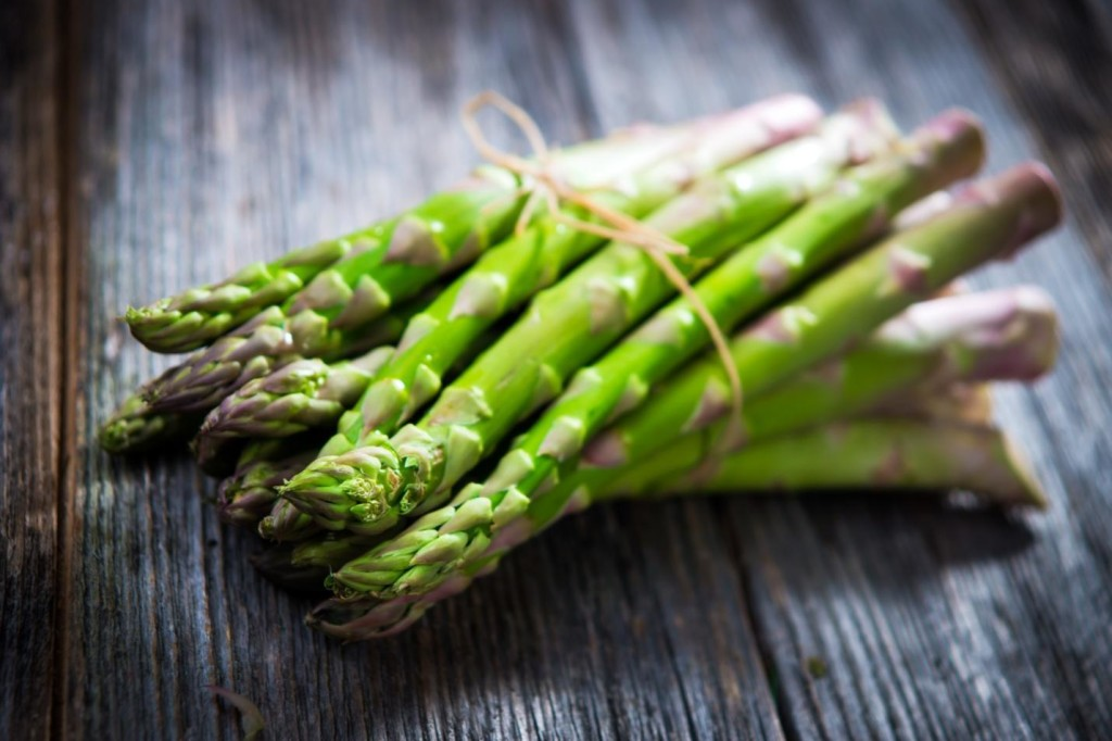 Here Are Five Health Benefits Of Asparagus Asparagus-1024x682