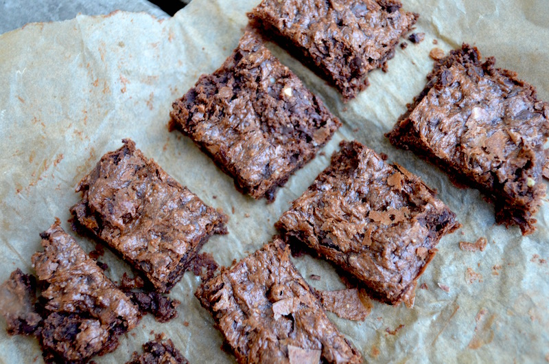 almond-butter-fudge-brownies-